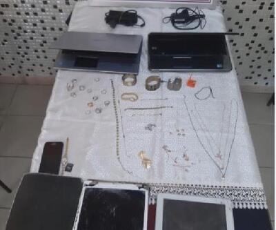 Bursa'da hırsızlık şüphelisi çaldığı eşyalarla yakalandı