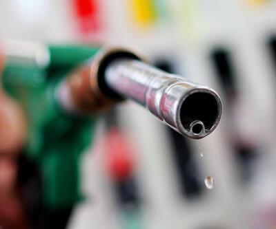 Benzin fiyatlarına 27 kuruş zam yapıldı