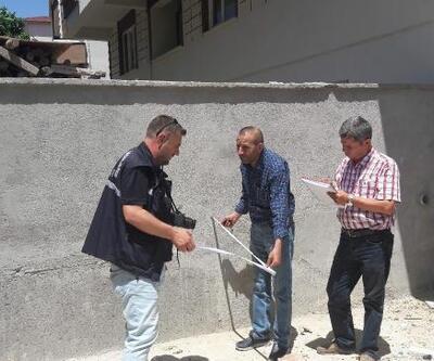 Duvardan düşen 1,5 yaşındaki Ömer, yaşamını yitirdi