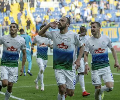 Vedat Muriç Galatasaray'la, Çaykur Rize Fenerbahçe'yle anlaştı!