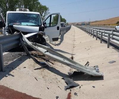 Gelibolu'daki trafik kazasında 2 kişi yaralandı