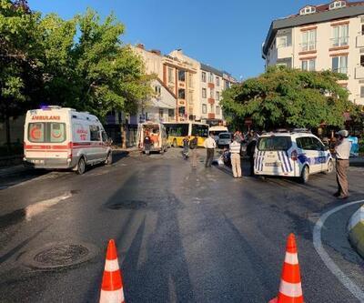 Sancaktepe 'de halk otobüsü servis minibüsüne çarpıp dükkana girdi: 1 ölü, 2 yaralı