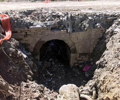 Selin ardından tarihi köprü ortaya çıktı