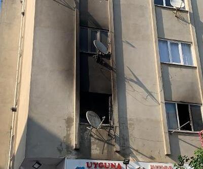 Çekmeköy'de 5 katlı binada yangın