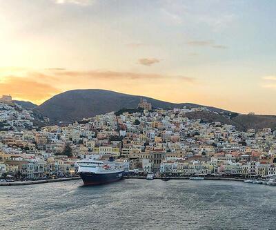 Her Sabah Bir Liman, Yunanistan'ın Siros adasını gezdi