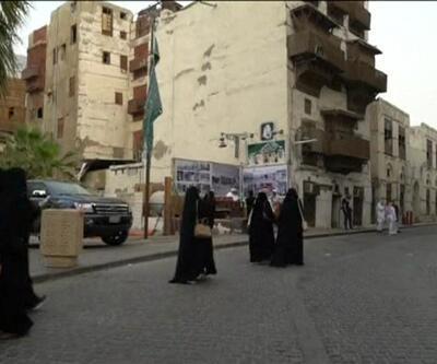 Suudi kadınlara seyahat özgürlüğü