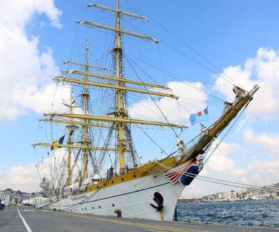 Romanya Donanması'nın 81 yaşındaki askeri gemisi İstanbul'da