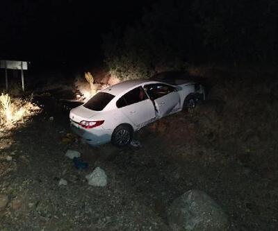 Karakoçan'da otomobil şarampole devrildi: 6 yaralı