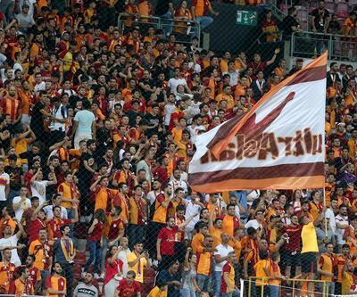 Galatasaray taraftarından Falcao tezahüratı