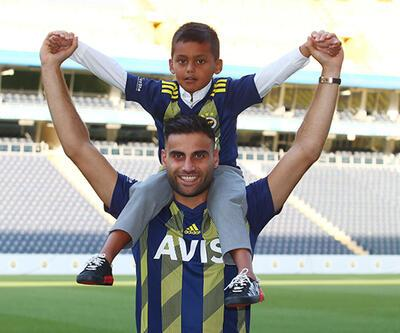Fenerbahçe'ye imza atan Deniz Türüç: Mutlu ve gururluyum