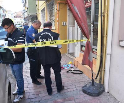 Malatya'da korkunç olay! Kız kardeşi ile yanındaki erkek arkadaşını bıçakladı