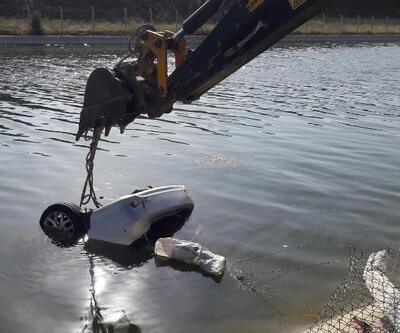 Otomobil sulama kanalına uçtu; sürücü boğuldu