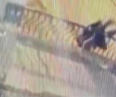Korkunç kaza: Korkuluklara yaslanıp öpüşen çift, köprüden düşerek öldü