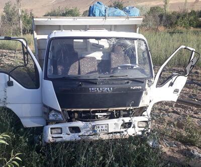 İşçilerinin taşındığı minibüs ile kamyonet çarpıştı: 18 yaralı