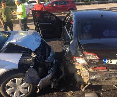 TEM'de iki otomobil çarpıştı: 3 yaralı