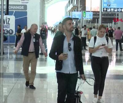 Havalimanlarında yoğunluk
