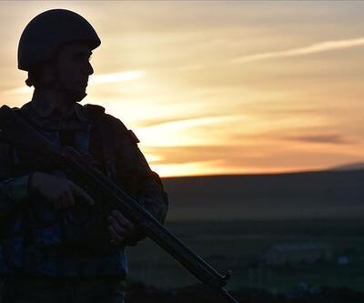 Son dakika...  Kars'ta silahlı 3 terörist etkisiz hale getirildi