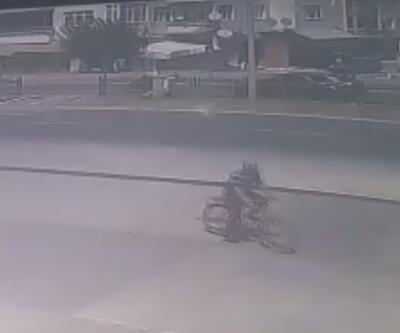 Motosikletlinin öldüğü kaza kamerada