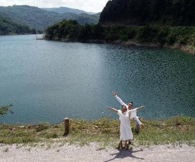 Zonguldak'ta baraj yeni evli çiftlerin uğrak yeri oldu