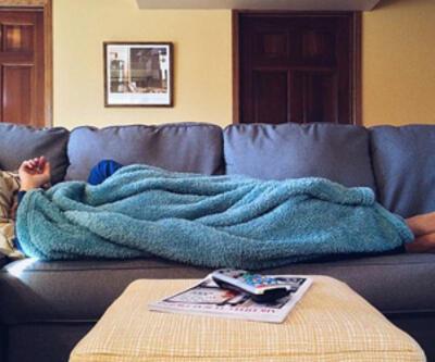 Televizyon karşısında uyumak obezite riskini artırıyor