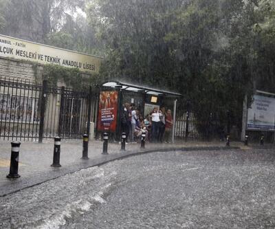 İstanbul'da tüm vapur seferleri iptal edildi