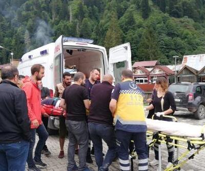 Ayder'de salıncaktan düşen adam yaralandı