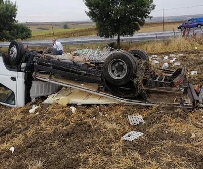 Yaralı sürücü araçtan çıkıp  ambulans çağırdı