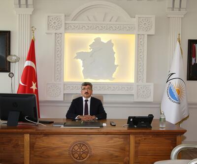 """Van Valiliğinden """"Atatürk portresi"""" açıklaması:"""