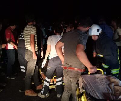 Kaçak göçmen taşıyan minibüs devrildi: Çok sayıda yaralı var