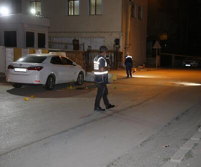 Emniyet'in önünde silahlı kavga: Ölü ve yaralılar var