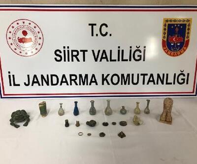 Siirt'teki tarihi eser operasyonunda gözyaşı şişeleri ele geçirildi