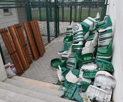 Bursa'daki amatör sahaların tribünleri yenileniyor