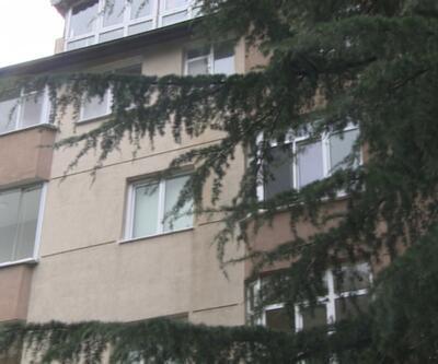 Kolonları patlayan bina riskli bulundu