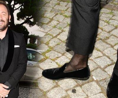 Önder Açıkbaş'ın çorabı dikkat çekti!