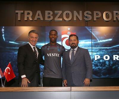 Trabzonspor Sturridge için imza töreni düzenledi