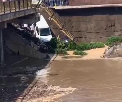 Terme'de köprü çöktü: 2 yaralı