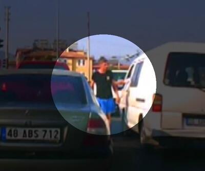 Trafikte satırlı tehdit