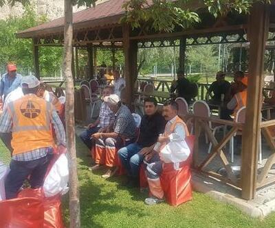 Gürün Belediye Başkanı Çiftçi, karayolları ekipleriyle bir araya geldi