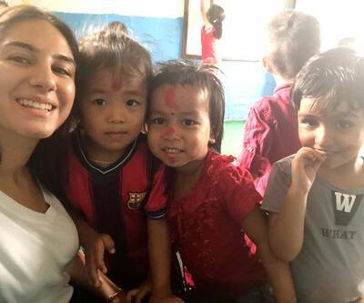 Öğretmenlik hayali için Nepal'e gitti