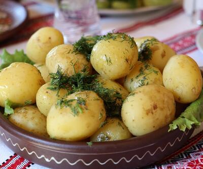 Etkisi müthiş! Sabahları patates ve elma yerseniz...