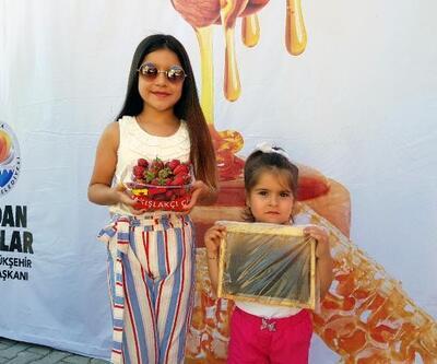 Pozantı'da bal ve çilek festivali coşkusu yaşandı