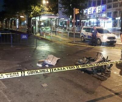 Fatih'te motosiklet otomobile çarptı: 1 ölü, 1 yaralı