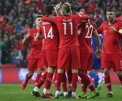 Türkiye-Andorra maçının hakemi Robertson