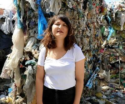 Kemalpaşa'daki bir evin bahçesinde toplanan ithal çöpler tepki topladı