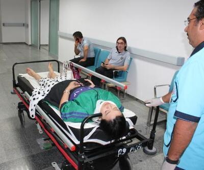 TIR'a çarpan otomobildeki 2 Çinli yaralandı