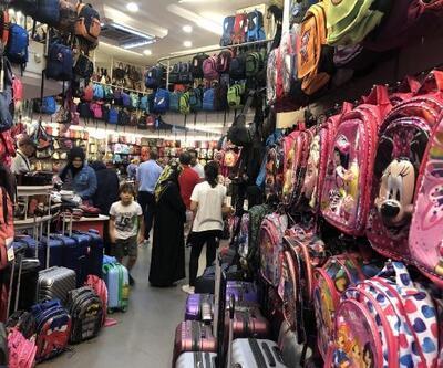 Okul alışverişi yoğunluğu bugün de devam etti