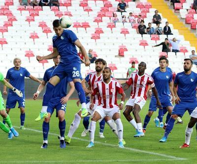 Erzurumspor Sivasspor'u 3 golle yendi