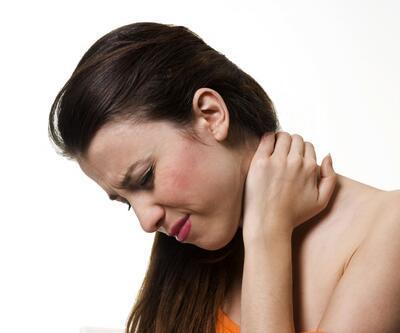 Omuz ağrıları, kadınlarda daha sık görülüyor