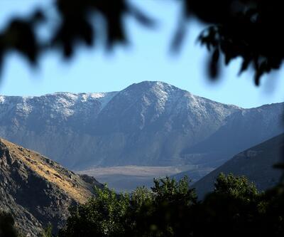 Erzincan'ın zirvesine ilk kar yağdı