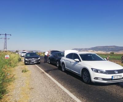 AK Parti konvoyunda kaza: 2 milletvekili hafif yaralı